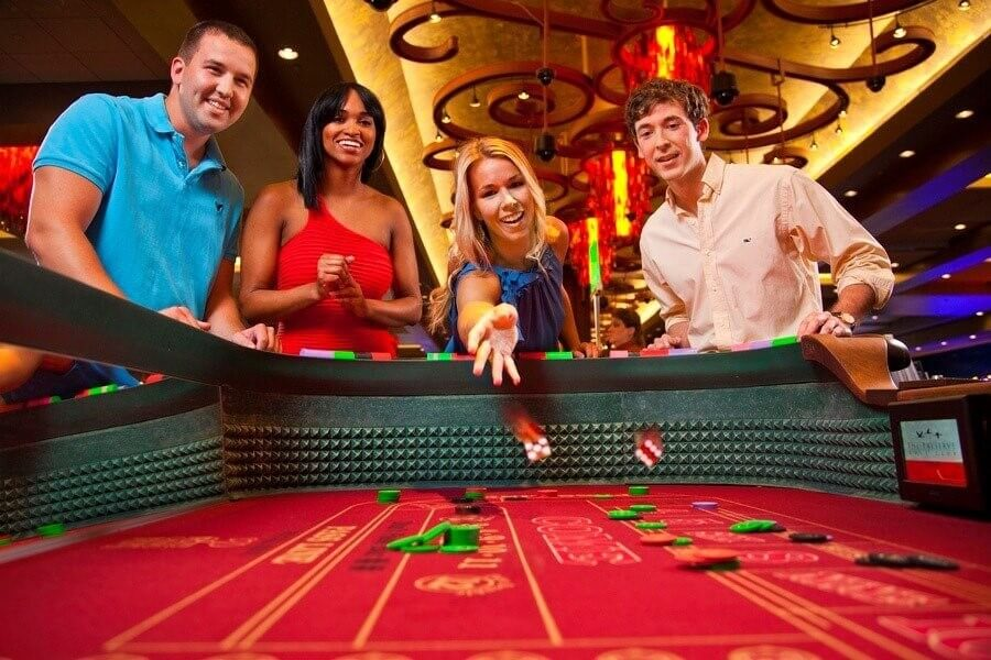 Casino Dice Games The Complete List Caesars Games