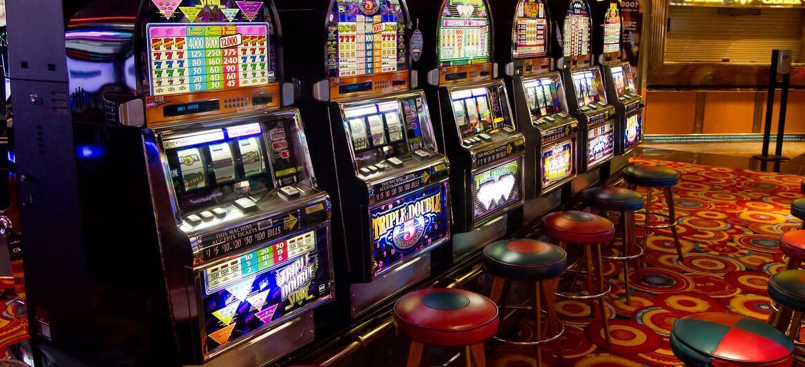 slots and roulette best odds